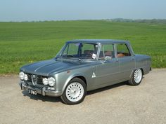 1969 Giulia Super 1600 Biscione Maintenance/restoration of old/vintage vehicles: the material for new cogs/casters/gears/pads could be cast polyamide which I (Cast polyamide) can produce. My contact: tatjana.alic@windowslive.com