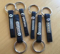 Diy And Crafts, Arts And Crafts, Craft Club, Leather Working, Key Rings, Handicraft, Diy Fashion, Fiber Art, Pewter