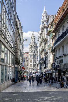 Rua da Sampaio Bruno / Calle de Sampaio Bruno / Sampaio Bruno Street [2015 - Porto / Oporto - Portugal] #fotografia #fotografias #photography #foto #fotos #photo #photos #local #locais #locals #cidade #cidades #ciudad #ciudades #city #cities #europa #europe #turismo #tourism #baixa #cascoantiguo #downtown @Visit Portugal @ePortugal @WeBook Porto @OPORTO COOL @Oporto Lobers