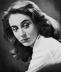 Elli Lambeti (Έλλη Λαμπέτη)(April September was one of the largest Greek women actresses. Famous Women, Famous People, Bay Area Figurative Movement, Greek Beauty, Sad Eyes, Greek Art, Old Movies, Historical Photos, Character Inspiration