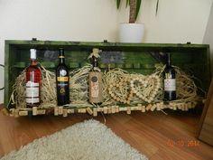 stará vojenská bedna....a vinoteka posleze 0:-))