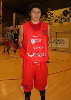 Sergi Quintela reforzará al Xuven procedente del Estudiantes de Lugo.