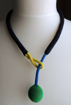 Colorblock crochet with different possibilties to от zsazsazsu1963