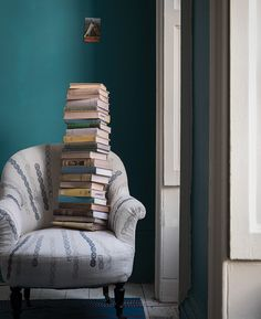 Farrow & Ball, Vardo No. 288: Named after traditional Gypsy wagons in the early 19th century, this striking teal shade was produced with the same expert craftsmanship as its namesake. The color pairs well with reds or dark greys.