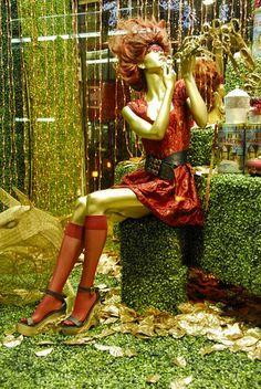 Retail Window Display ~ Selfridges