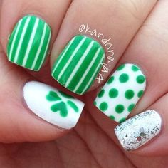 Green and white nail art is so cute for St. Patrick' s Day! Click for more St. Patrick's Day nail art ideas!