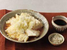 かみなり豆腐 木綿豆腐 1丁(300g) ・ねぎ (小口切り) 1本分 ・ごま油 ・塩 ・しょうゆ