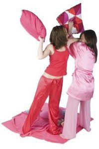 Sleepover Ideas for 12 Year Old Girls thumbnail