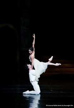 Prima Ballerina Assoluta Alessandra Ferri  and Herman Cornejo, Principal dancer of the American Ballet Theatre