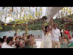 1 year of solo travel around the world and that's what i've got: the wedding of my dreams! * 1 ano de viagem solo pelo mundo e o que ganhei no final: o casamento dos meus sonhos