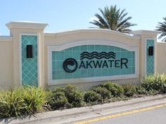 Orlando (FL) Oakwater Hotel United States, North America The 3-star Oakwater Hotel offers comfort and convenience whether you're on business or holiday in Orlando (FL). The hotel offers a high standard of service and amenities to suit the individual needs of all travelers. Free Wi-Fi in all rooms, Wi-Fi in public areas, car park, tours, concierge are just some of the facilities on offer. Guestrooms are fitted with all the amenities you need for a good night's sleep. In some of...