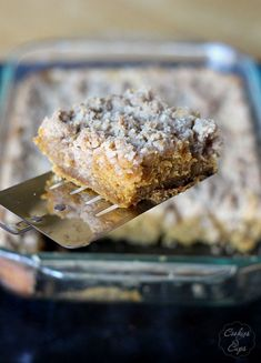 Pumpkin Crumb Cake | www.cookiesandcups.com | @Shelly Figueroa Jaronsky (cookies and cups)