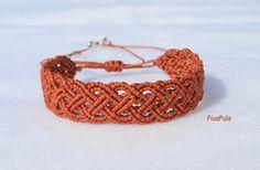 Celtic Macrame Bracelet by PiasPuls on Etsy