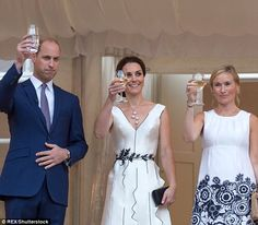 Kate Middleton is expecting her third child   Daily Mail Online