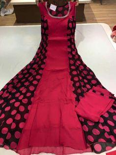 Anarkali Dress, Pakistani Dresses, Indian Dresses, Indian Outfits, Black Anarkali, Dress Neck Designs, Kurti Neck Designs, Blouse Designs, Stylish Dresses