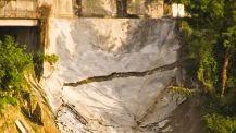Frana di Frosinone - Crepa nella copertura di cemento