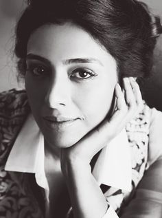 With a tradition lasting over a hundred years, Hindi cinema has seen countless highs and lows. Struggling actors, ambitious filmmakers, creative authors and even those who have been given everything on a platter. Bollywood is not just a film industry. Actress Anushka, Bollywood Actress, Indian Actresses, Actors & Actresses, Vintage Bollywood, Tabu, Pictures Of People, Beautiful Actresses, Indian Beauty