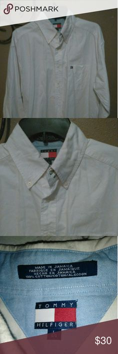 Tommy Hilfiger mens large long sleeve Tommy Hilfiger men's large long sleeve dress shirt, very nice. Tommy Hilfiger Shirts Casual Button Down Shirts