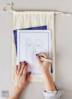 Bolsas de tela de madera simples / palos de coser: no . Diy Jewelry Gift Box, Sewing Hacks, Sewing Projects, Black And White Bags, Diy Clutch, Diy Bags Purses, Stationery Craft, Linen Bag, Fabric Bags