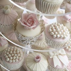 Love these butterfly liners and the fondant pearls