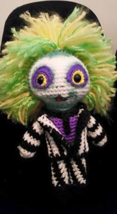 beetlejuice crochet! (no pattern)