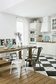 painted floor by guida Bright Kitchens, Home Kitchens, Painted Wood Floors, Letter Wall Decor, Interior Decorating, Interior Design, Built In Cabinets, Home Office Decor, Home Decor