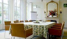 Ontspannen vergaderen in de oranjerie Valance Curtains, Table Decorations, Furniture, Home Decor, Decoration Home, Room Decor, Home Furnishings, Home Interior Design, Valence Curtains