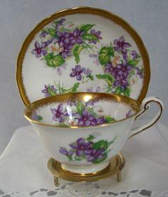 Royal Chelsea Fine Bone China Tea Cup and Saucer Violets Vintage England 12