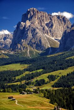Seiser Alm, highest Alpin altitude meadow in Europe, Photo by mutrus.