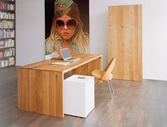 Office with Ponte table frome15