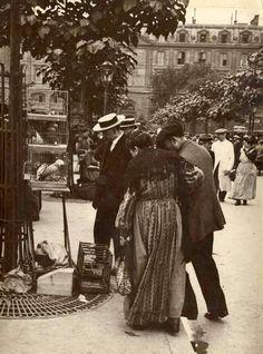 Le Marché aux Oiseaux de l'île de la Cité, vers 1910