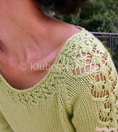 Салатовый пуловер Sorelle