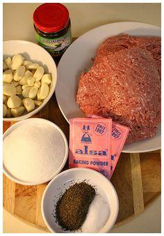 Nem Nuong (Vietnamese Grilled Pork Patty) Vietnamese Grilled Pork, Vietnamese Cuisine, Vietnamese Recipes, Vietnamese Dessert, Pork Recipes, Asian Recipes, Cooking Recipes, Nem Nuong, Asian Pork