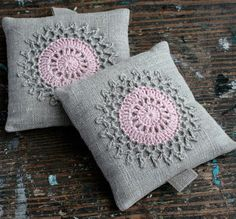 Lavender sachets crochet motif set of 2 por namolio en Etsy