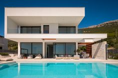 Modern 5 Bedroom Vacation Rental In Split Riviera Villa Hedonist Croatia Villas House Styles Holiday Home