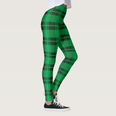 Paddy's Day Green Plaid with Clovers Leggings Source by leggings outfit St Patrick's Day Outfit, Outfit Of The Day, Outfit Winter, Green Day, St Patrick's Day Leggings, Green Leggings, St Patrick's Day Gifts, St Paddys Day, Leggings Fashion