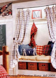 great little reading nook in a child's room