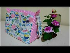 YouTube Pouch Tutorial, Diy Tutorial, Clutch Pattern, Diy Tote Bag, Quilted Bag, Sewing Patterns Free, Baby Sewing, Small Bags, Purses And Bags