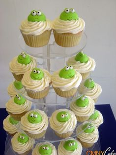 frog cupcakes - CMNY Cakes