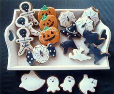 Halloween+-+perníčkový+sada:+1x+dýně,+1x+bonbon+s+pavučinou,+1+x+duch,+1x+kostlivec,+1x+čarodějnický+klobouka+1x+černá+kočka,+1x+pavučina+Vel+kostlivec:7+x+11+-+zbytek+perníčků+viz+poměrově+doprovodná+fota+Cena+je+je+za+celou+sadu.