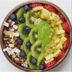 Deliciously healthy smoothie bowls, more inspo on our blog