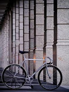 PEDAL Consumption | Amazing Pelizzoli Leggenda FOR3 #track #bike #fixed