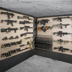 Check out this vault room. Ammo Storage, Weapon Storage, Gun Cabinet Plans, Reloading Room, Gun Vault, Gun Rooms, Safe Room, Gun Cases, Survival Shelter