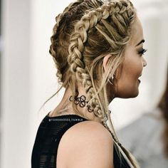 The Favorite New Hair Trend: Boxer Braids