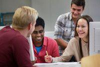 Wirtschaft und Informatik (B.Sc.)   Hochschule Zittau/Görlitz  Eine der größten Herausforderungen von Technologie-Unternehmen ist die Kommunikation zwischen den Ökonomen und den IT´lern. Es kommt häufig zu schwerwiegenden Projektverzögerungen, weil die Schnittstellenverantwortlichen entweder zu wenig Ökonomie verstehen oder keine Ahnung von Informatik haben.  Mit einem Studium der Wirtschaft und Informatik arbeitest du gemeinsam mit den zukünftigen Software-Entwicklern und Kaufleuten…