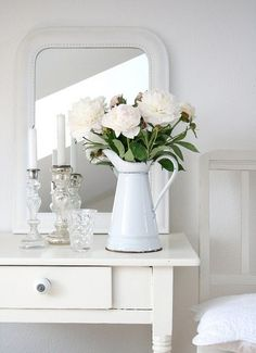 white bedroom #PintoWin #Anthropologie http://www.uk-rattanfurniture.com/product/little-tikes-first-slide-pink-purple/