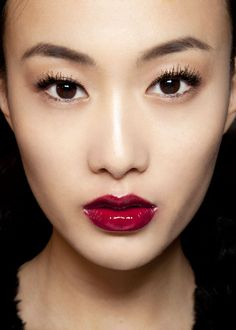 deep berry lips are a great alternative to red for an evening look (for an Asian bride with fair-medium olive complexion)
