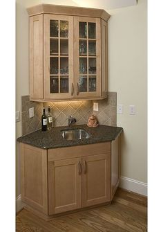 Corner bar for small basements