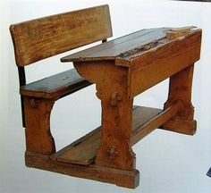 Schoolbank Old School Desks, Good Old Times, Retro Images, Bench Stool, The Old Days, Wood Creations, Vintage Toys, Childhood Memories, Diy Furniture