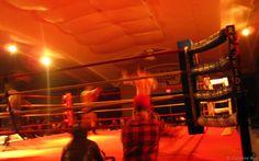 Des combats de boxe dans le sous-sol d'une église de Manhattan (New York)